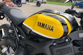Yamaha XSR900 Umbau anzeigen