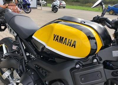 Yamaha XSR900 Serienmotorrad