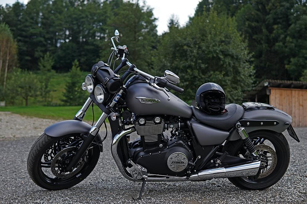 Umgebautes Motorrad Triumph Thunderbird Storm Von Mja68 1000psat