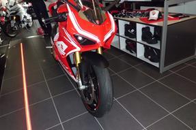 Ducati 1299 Panigale S Umbau anzeigen