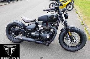 Triumph Bonneville Bobber Black Umbau anzeigen
