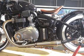 Triumph Bonneville Bobber Umbau anzeigen
