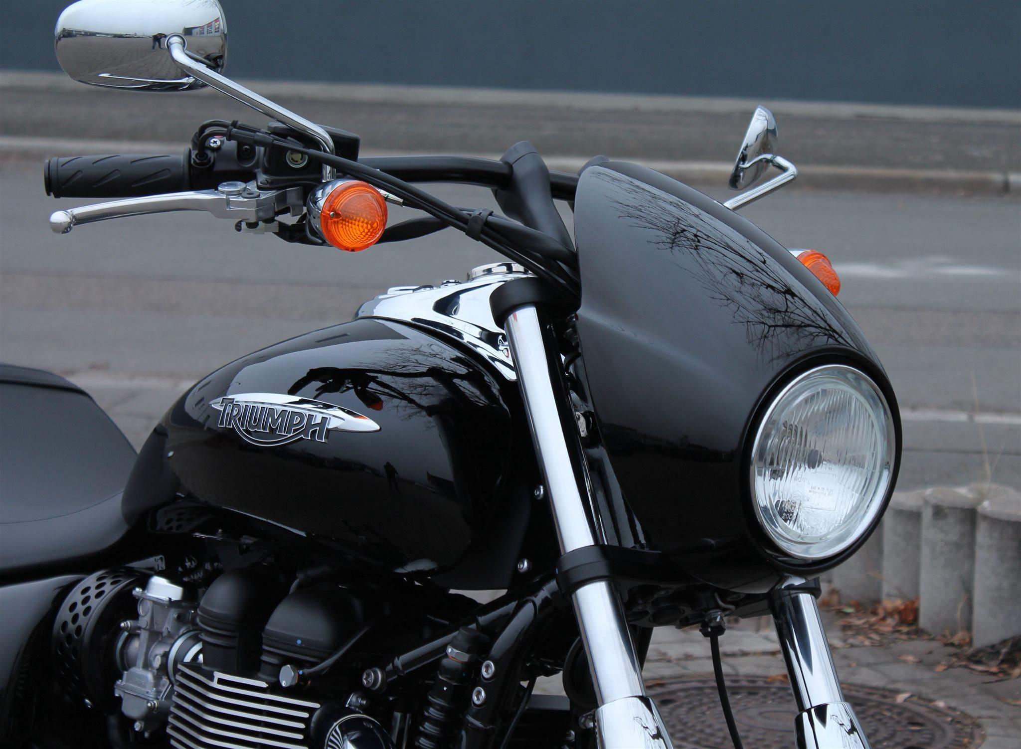 details zum custom bike triumph speedmaster des h ndlers. Black Bedroom Furniture Sets. Home Design Ideas
