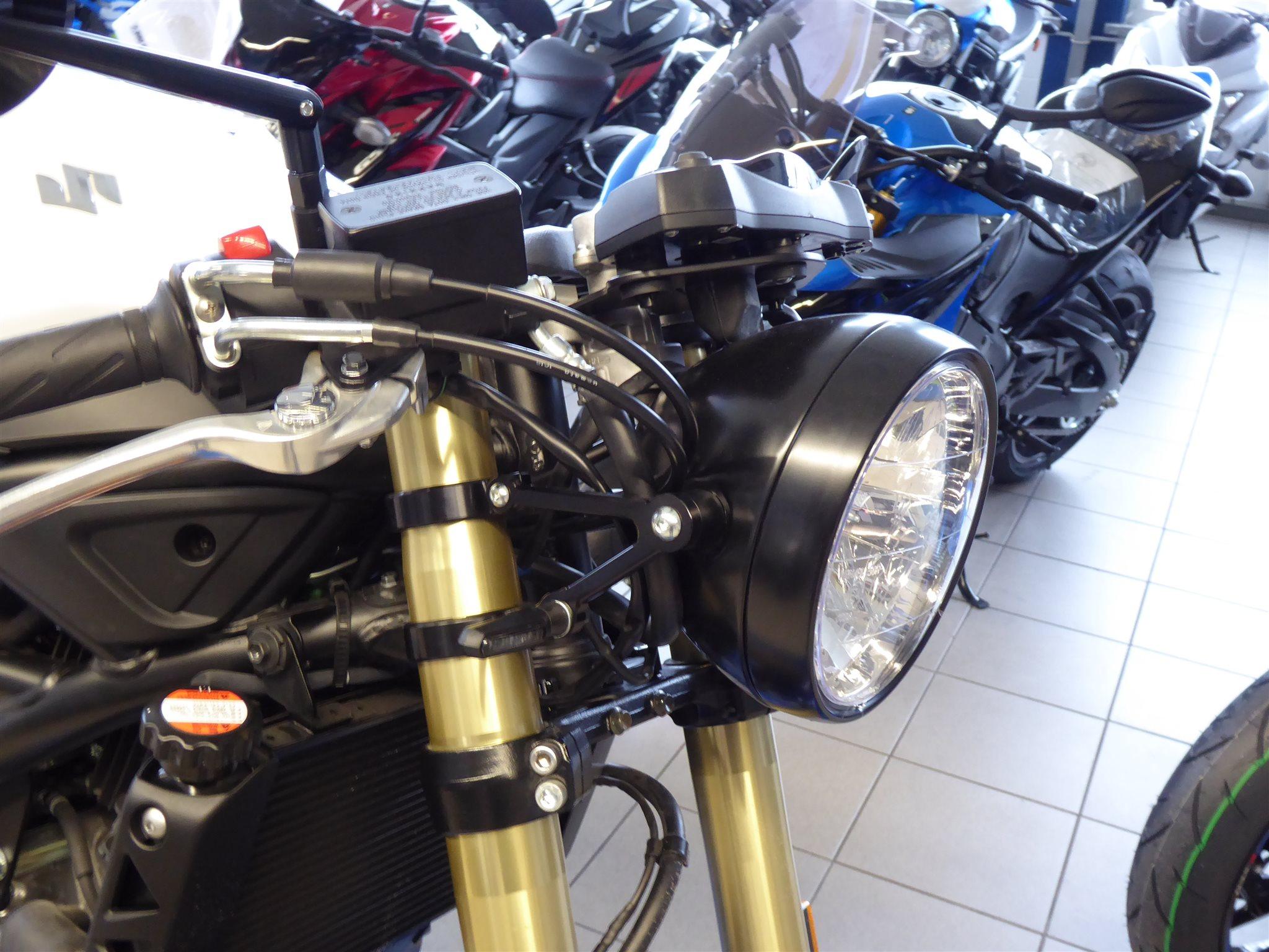 Details zum Custom-Bike Suzuki SV650X ABS des Händlers