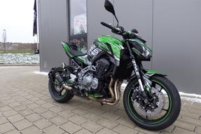 Kawasaki Z900 Umbau anzeigen