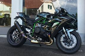Kawasaki Ninja H2 Umbau anzeigen