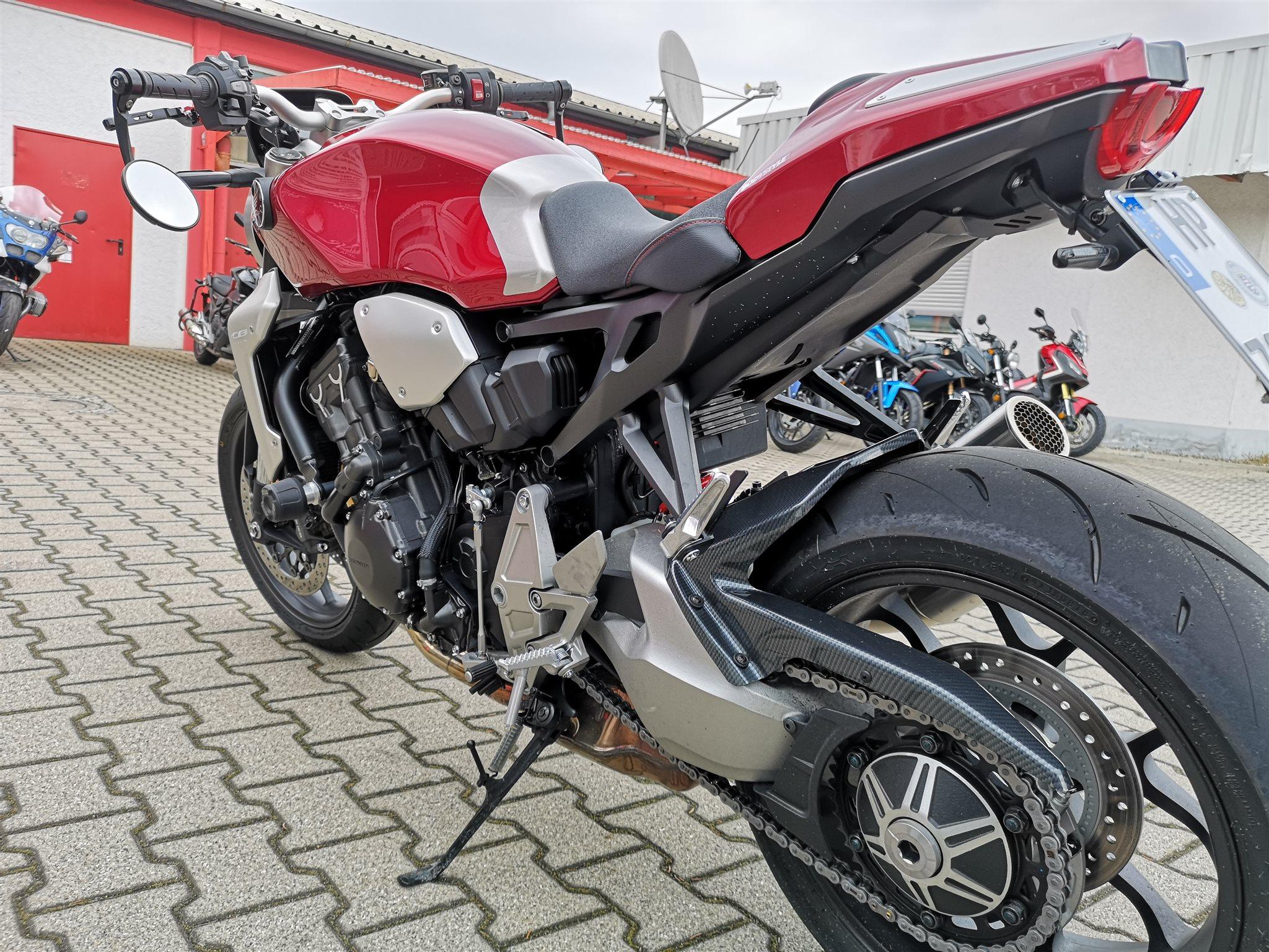 Umgebautes Motorrad Honda CB 1000 R von Direct Performance