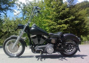 Gebrauchtmotorrad Harley-Davidson Dyna Street Bob FXDB