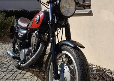 Gebrauchtmotorrad Yamaha SR 500