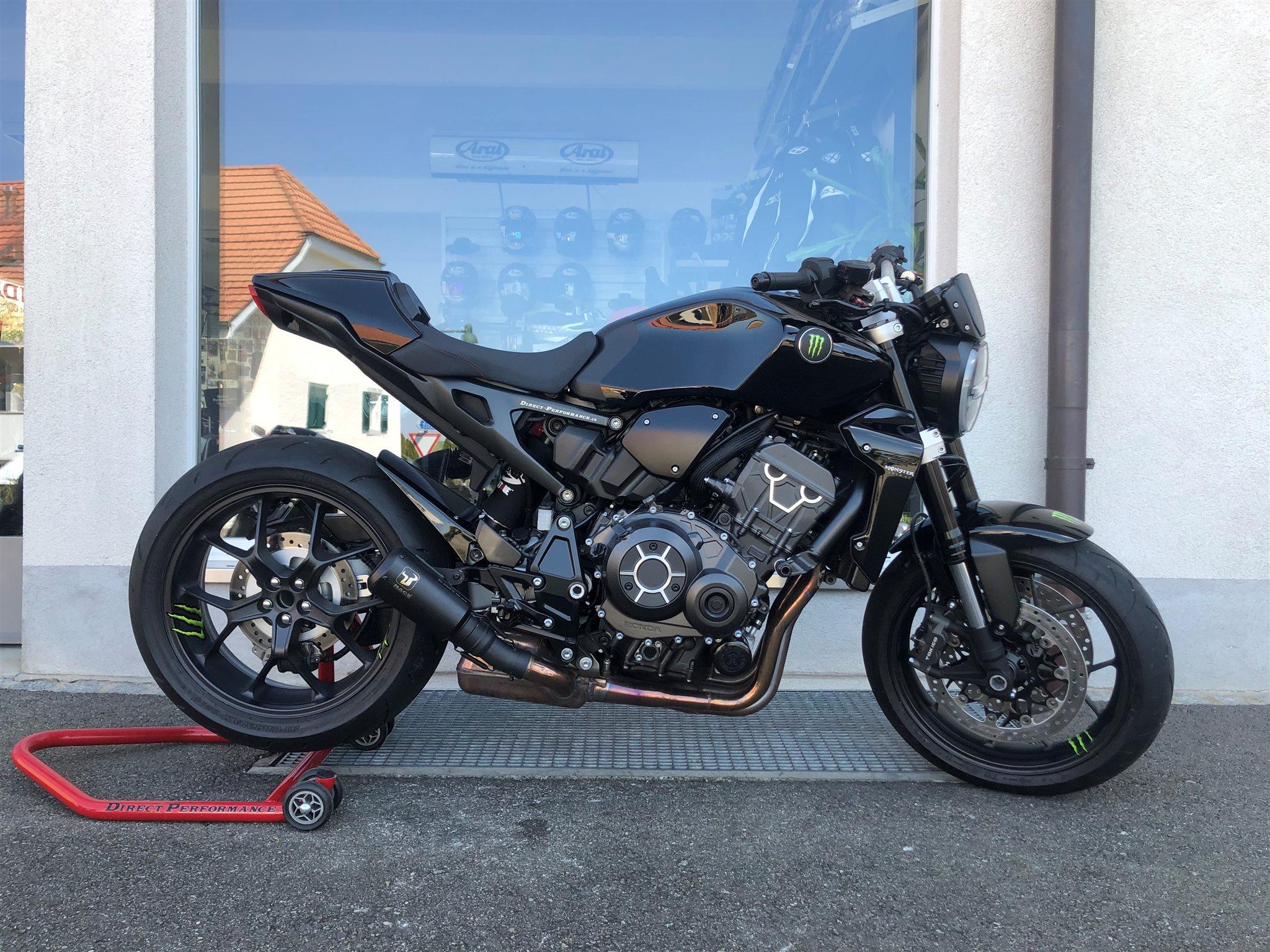 Details zum Custom-Bike Honda CB 1000 R des Händlers