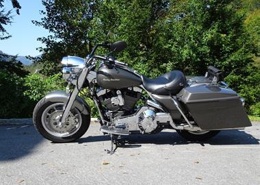Gebrauchtmotorrad Harley-Davidson Touring Road King FLHR