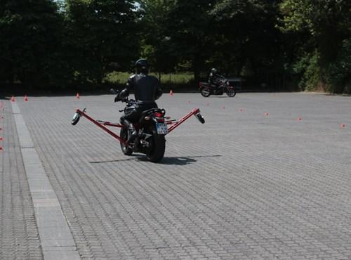 Bremsen- und Schräglagentraining