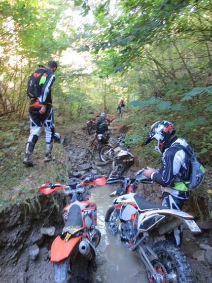 PePa-Bikes Endurotour 2018 Lust auf Abenteuer, raus aus dem Alltag? Wir haben das passende für alle Endurofahrer!Sandro Riva, der Name ist Programm für anspruchsvolle Enduro ...