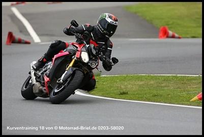 Motorrad Termin Kurventraining ( schnell und sicher )