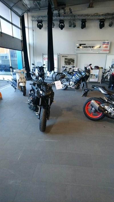 Wheelie´s Messe im Hangar
