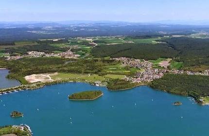"""Tour rund um Regensburg Wer von Euch """"Schäfchen"""" hat denn wieder nicht ganz aufgegessen? Auf alle Fälle führten wir """"Coronabedingt"""" wenigstens DIESE Tour TROTZ des Aprilwe..."""