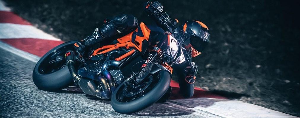 "Motorrad Termin Fuchs Warm Up Party ""Neumodellvorstellung 2020"""