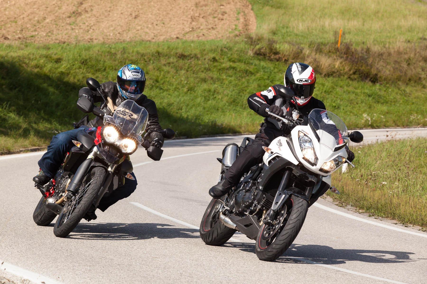 Triumph Tiger Xc Vs Kawasaki Versys