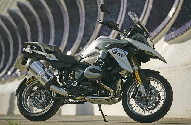 motorrad news testsieger reifen scorpion trail ii. Black Bedroom Furniture Sets. Home Design Ideas