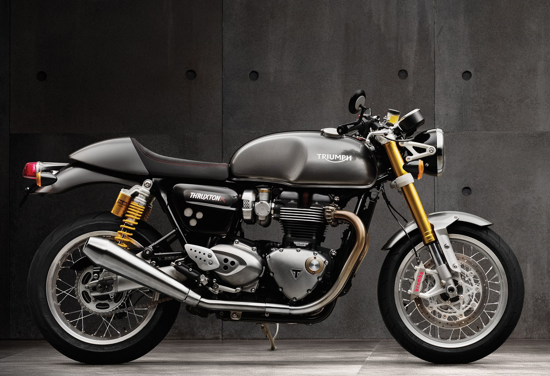 Triumph Thruxton R 2016 Dauertest Start Foto