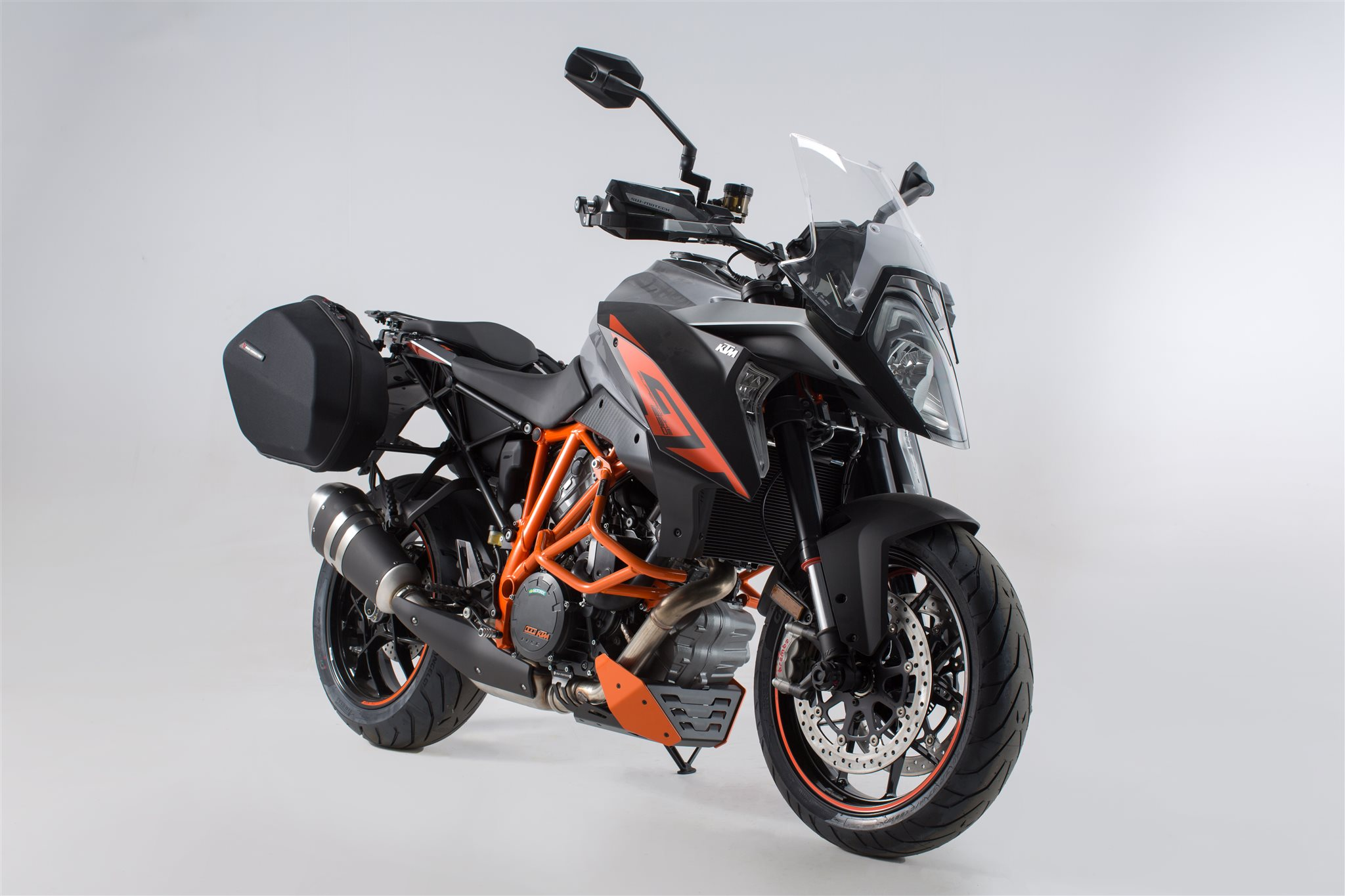 neues sw motech zubeh r f r die ktm 1290 super duke gt motorrad news. Black Bedroom Furniture Sets. Home Design Ideas