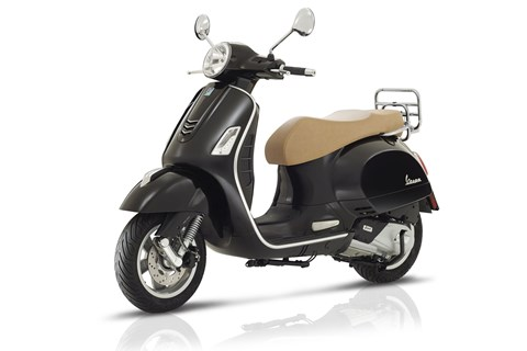 testbericht vespa gts 300 ie ssport test technische. Black Bedroom Furniture Sets. Home Design Ideas