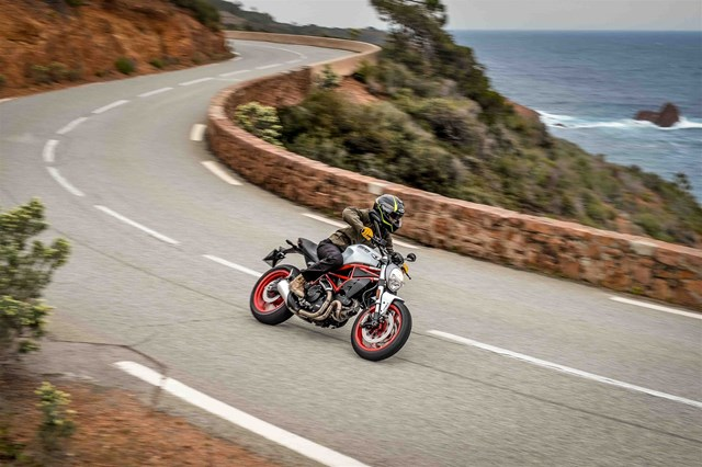 Bild: DUCATI Monster 797 2017 Test