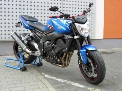 FZ1 Power Blue Spezial Edition