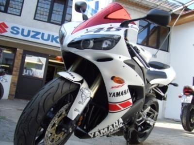 YZF-R1  -  Edition: Valentino Rossi Valencia 2005