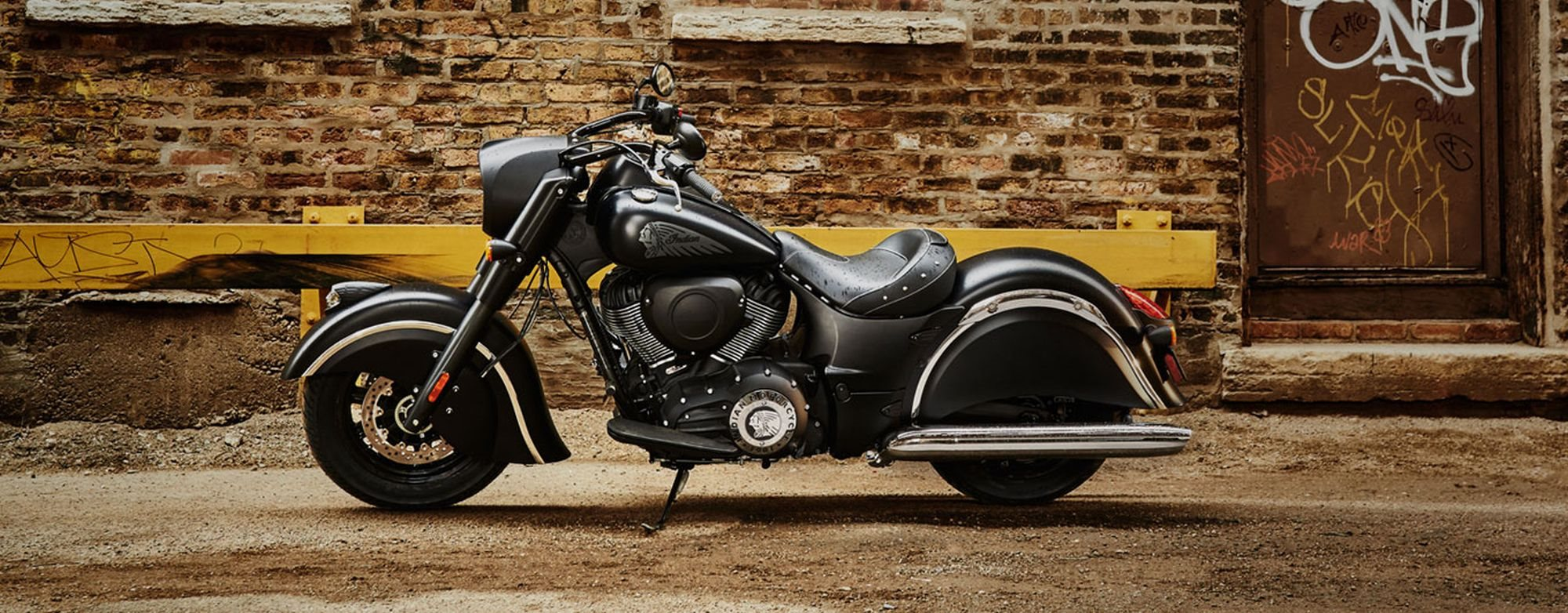Neumotorrad Indian Chief Dark Horse Schwarz Matt