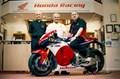 Weltweit erste Auslieferung der Honda RC213V-S