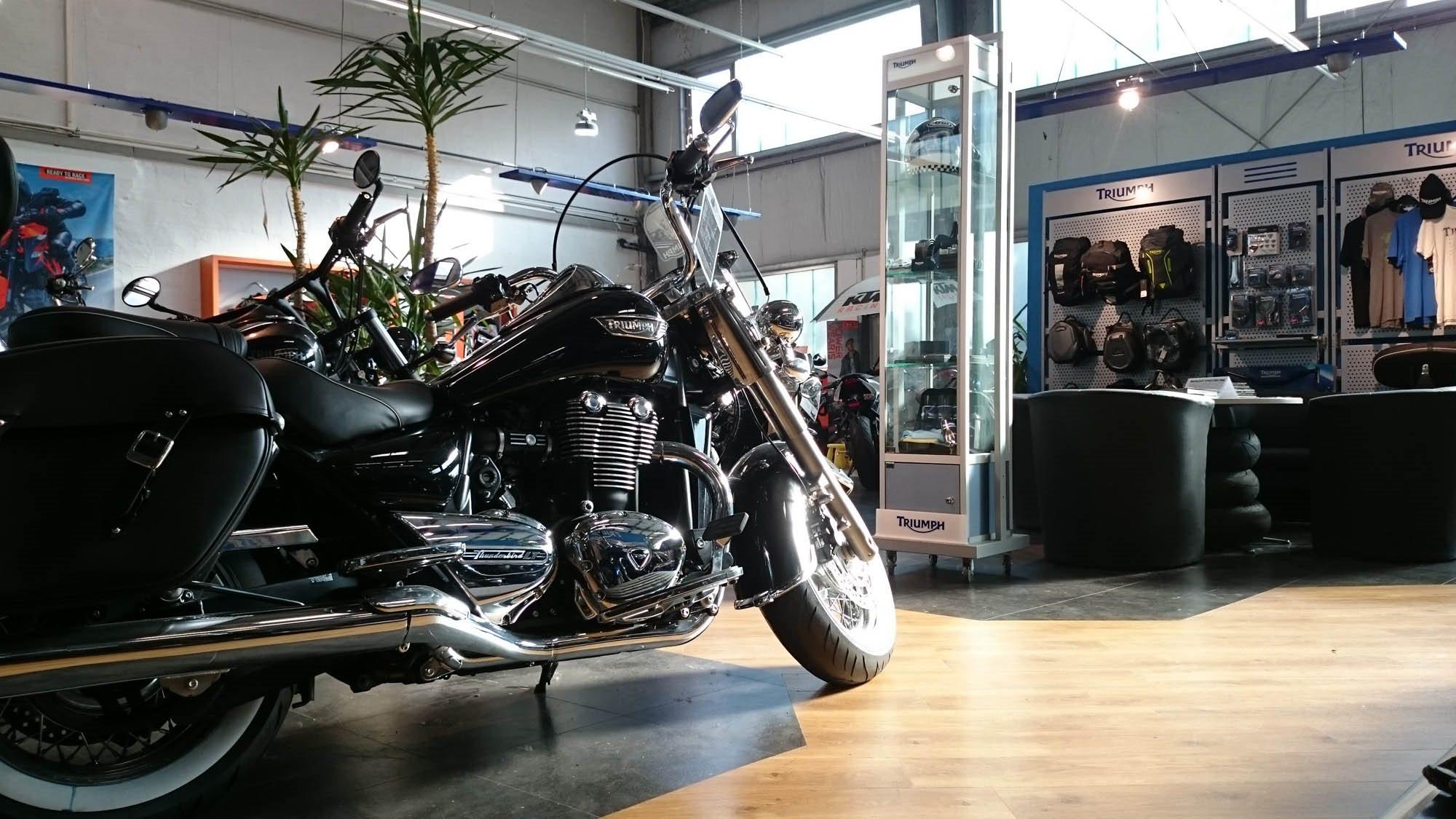 hmf service motorrad piaggio mainfranken by hmf. Black Bedroom Furniture Sets. Home Design Ideas
