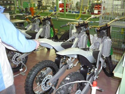 Benelli lädt Händler/Kunden ins Benelli Werk nach Pesaro ein