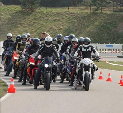 Das A.T.T.-Team ist mit MV Agusta beim ADAC StartUp Day in Linthe dabei!