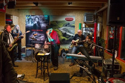 Nikolausparty mit der Howlin´ Horst Blues Band