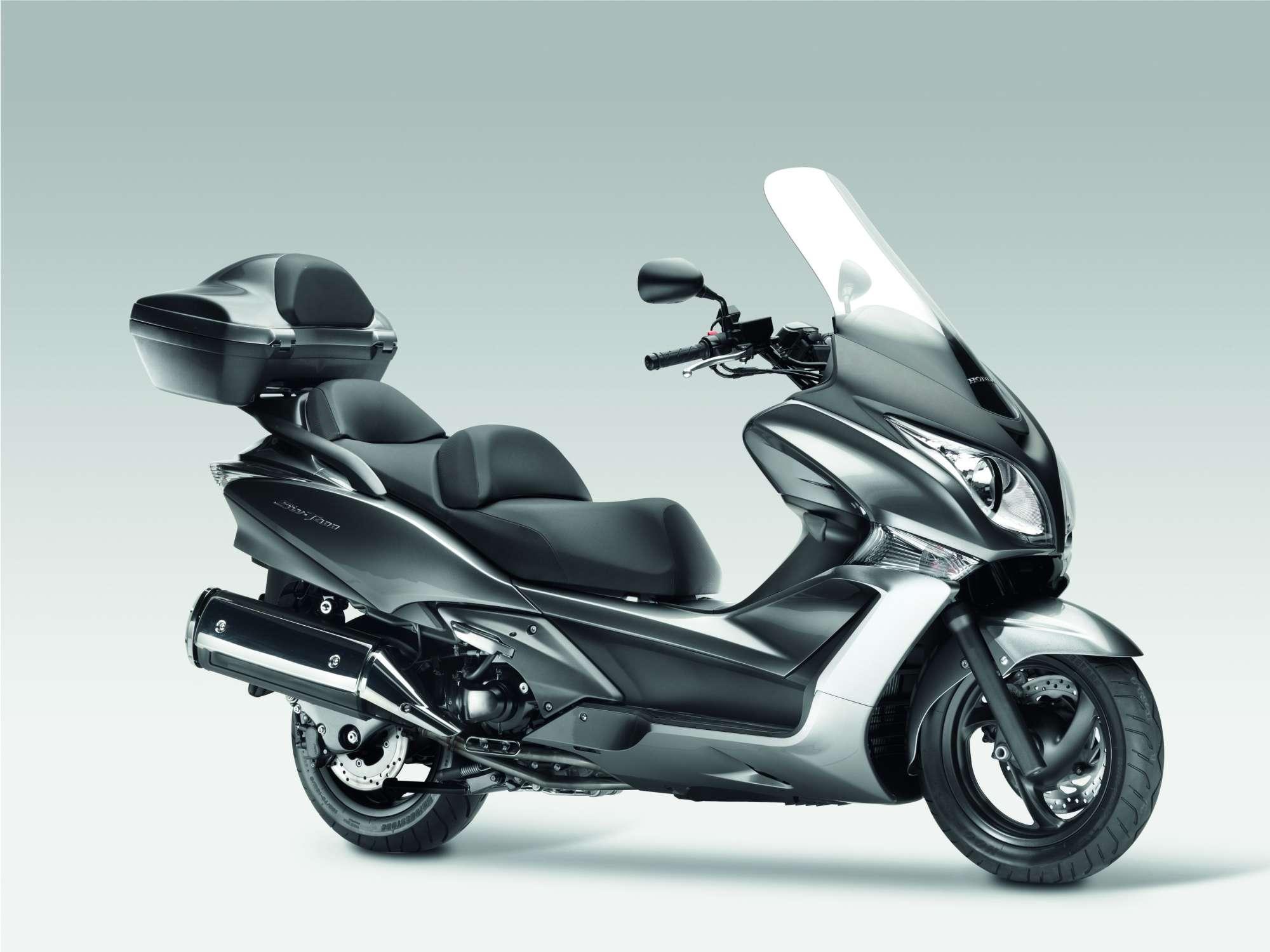 gebrauchte motorroller gebrauchte honda motorroller 125. Black Bedroom Furniture Sets. Home Design Ideas