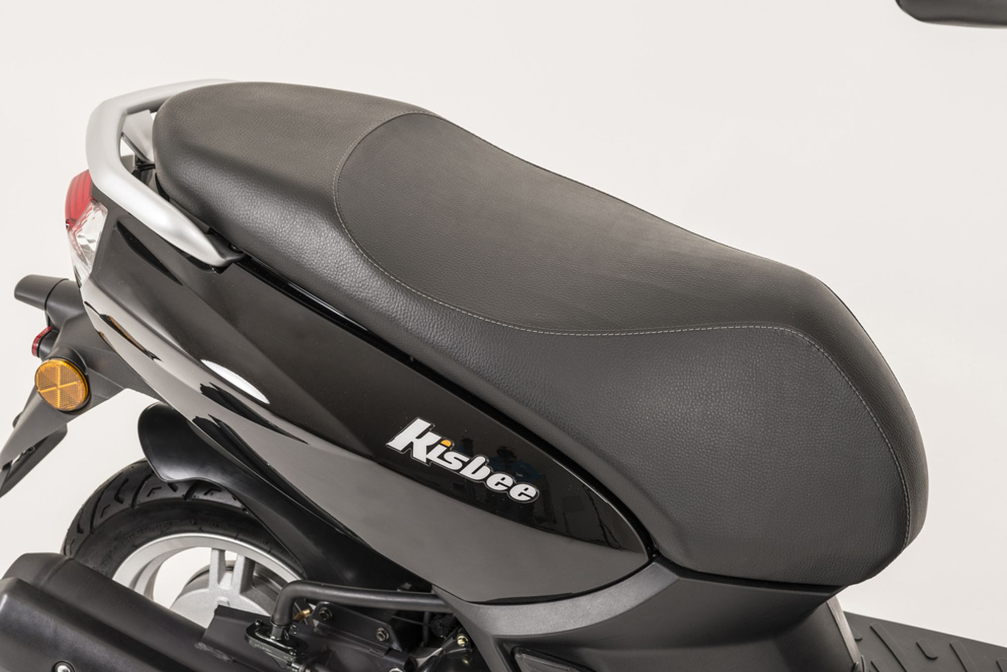 gebrauchte und neue peugeot kisbee 100 motorr der kaufen. Black Bedroom Furniture Sets. Home Design Ideas