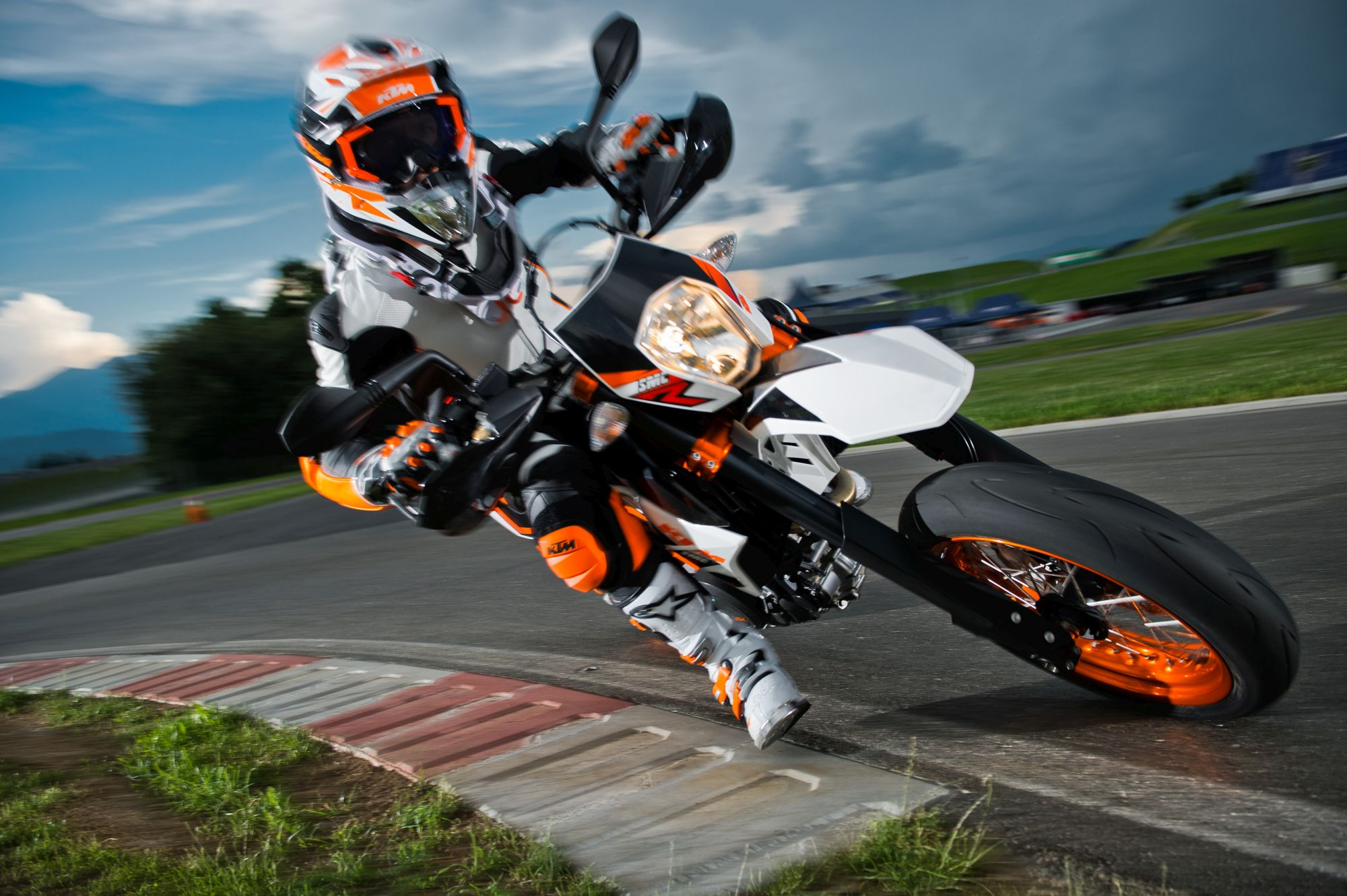 Ktm 690 smc r wallpapers for desktop - Ktm 690 Smc R 2016