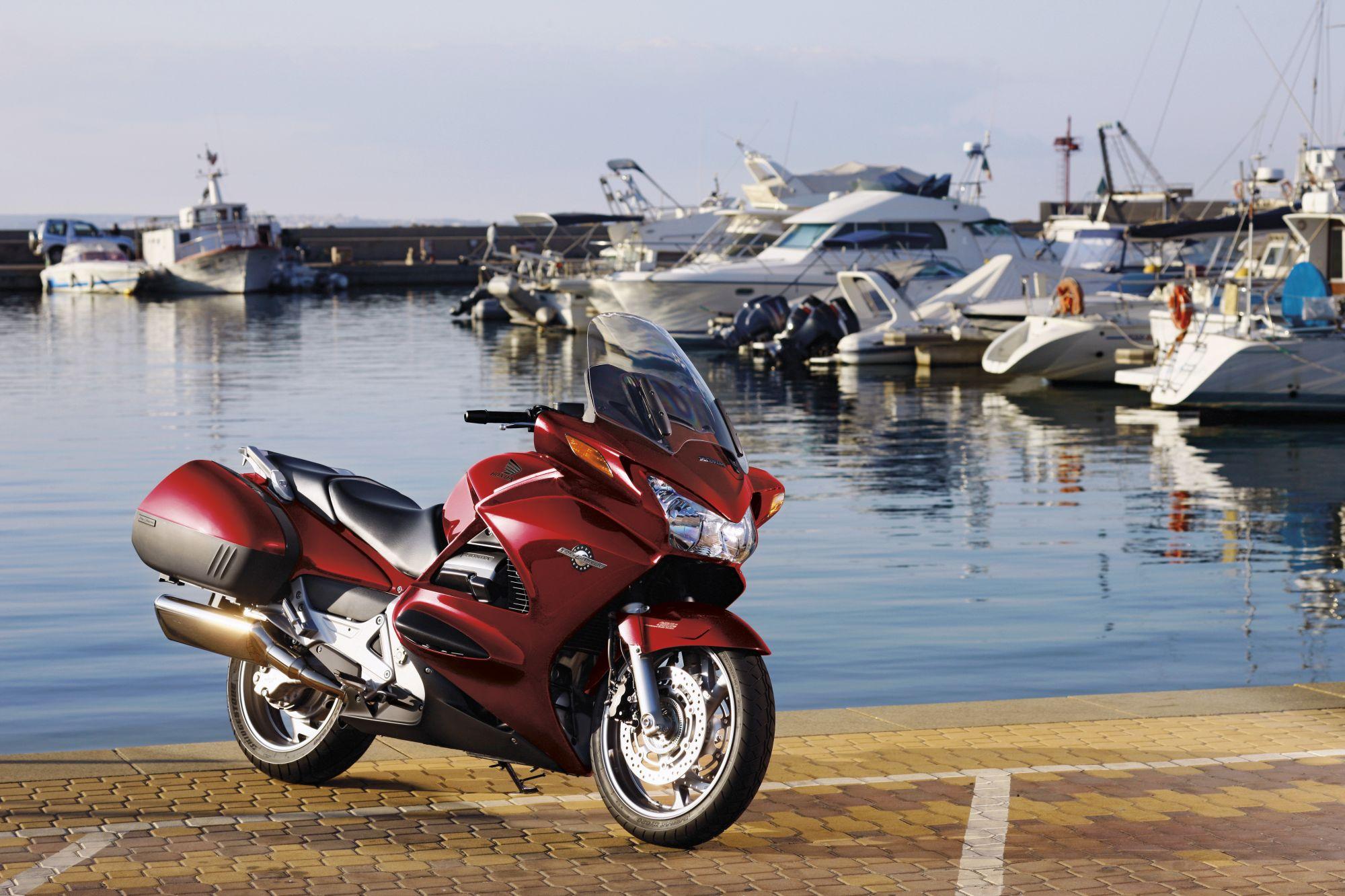Gebrauchte Honda ST 1300 Pan-European Motorräder kaufen
