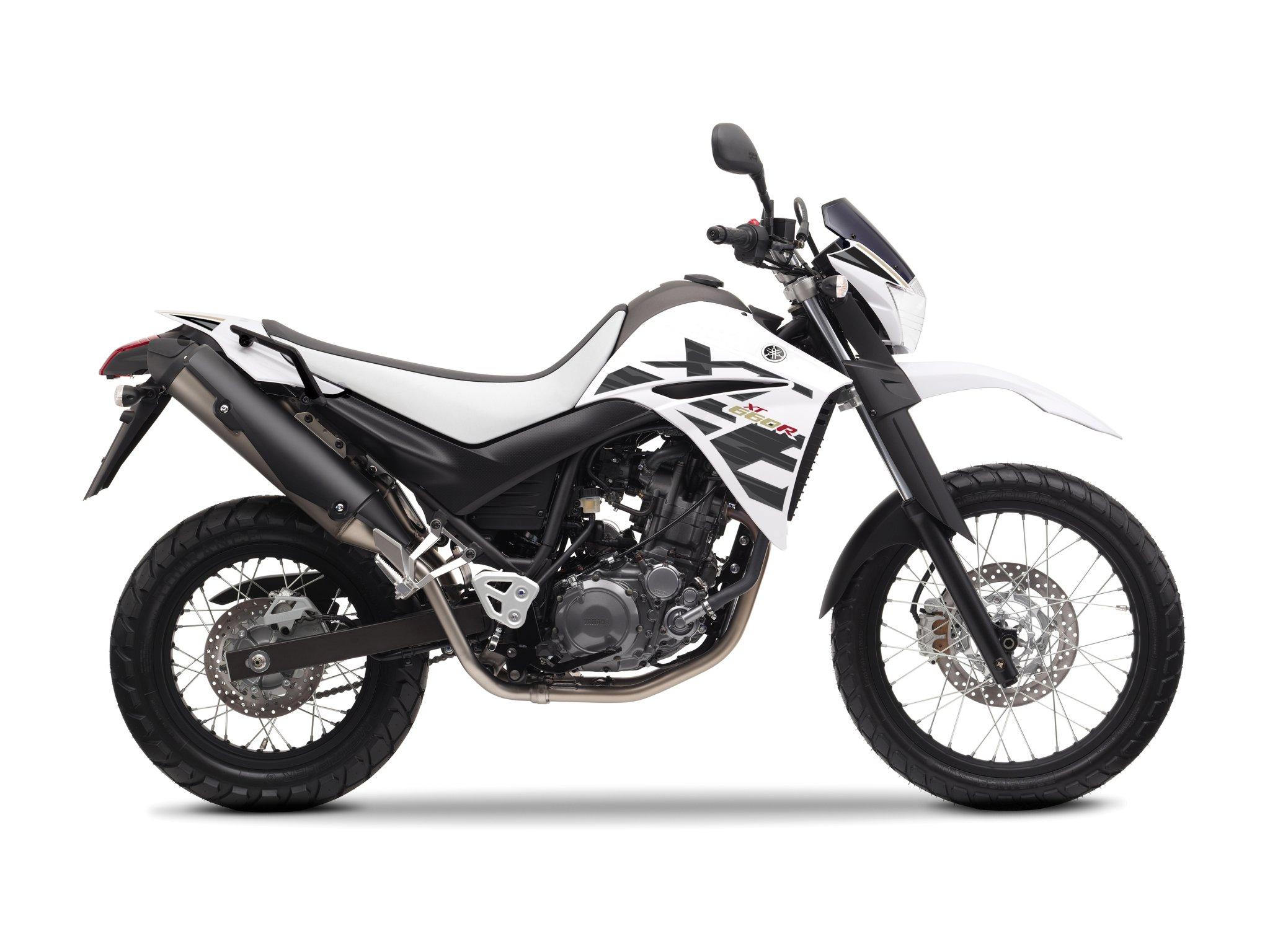 Naked Yamaha R