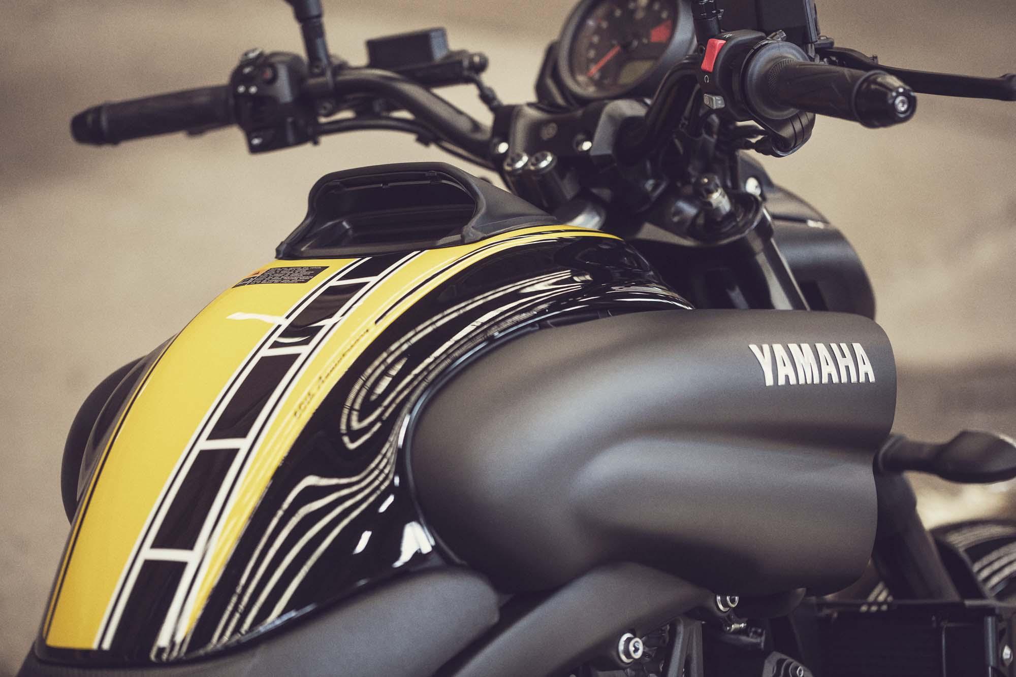 Yamaha Vmax Custom Paint