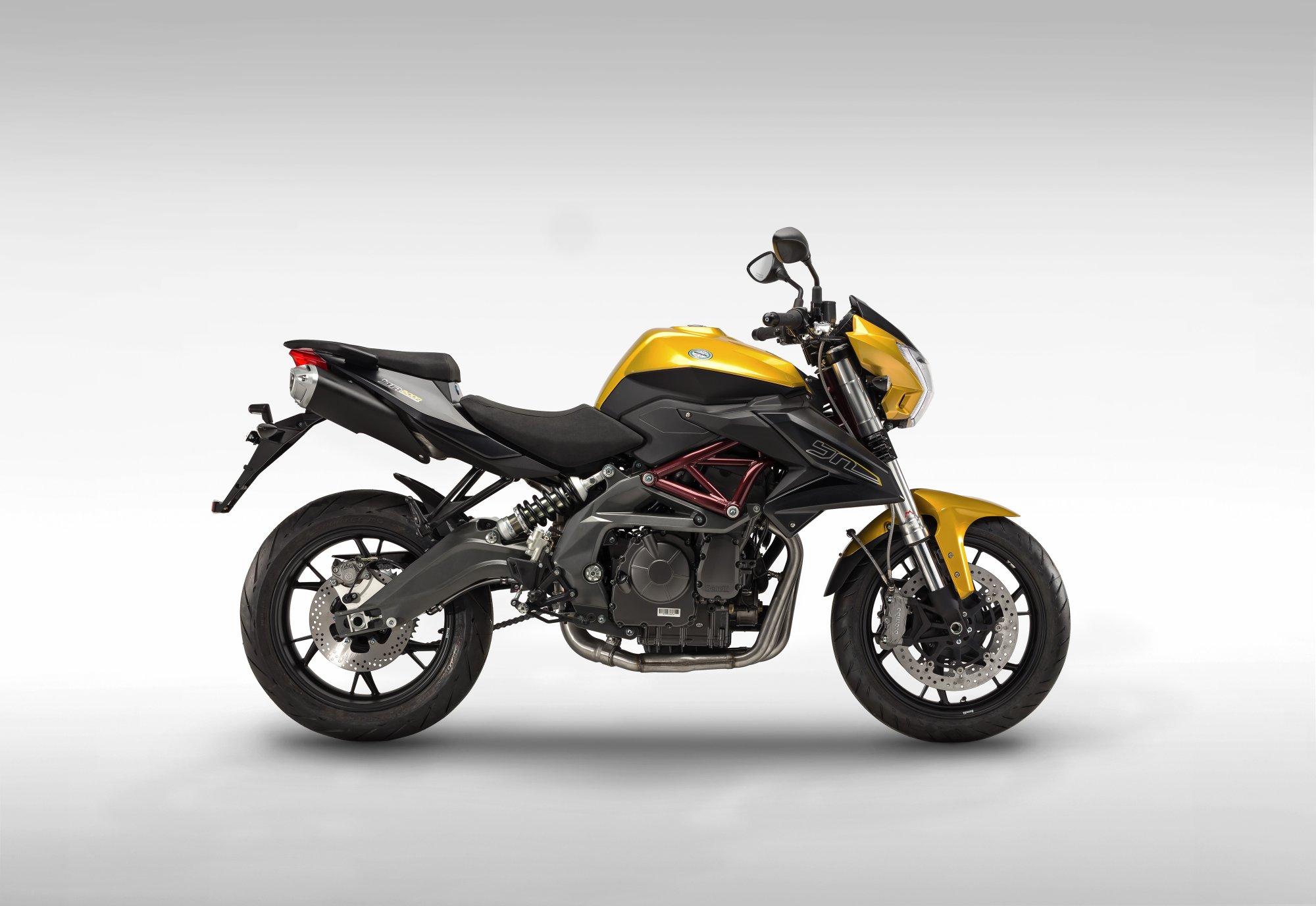 Benelli BN 600 R 2014   Agora Moto