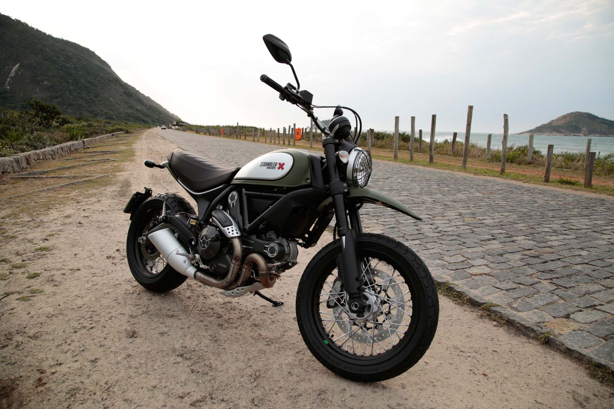 ducati scrambler urban enduro online kaufen. Black Bedroom Furniture Sets. Home Design Ideas