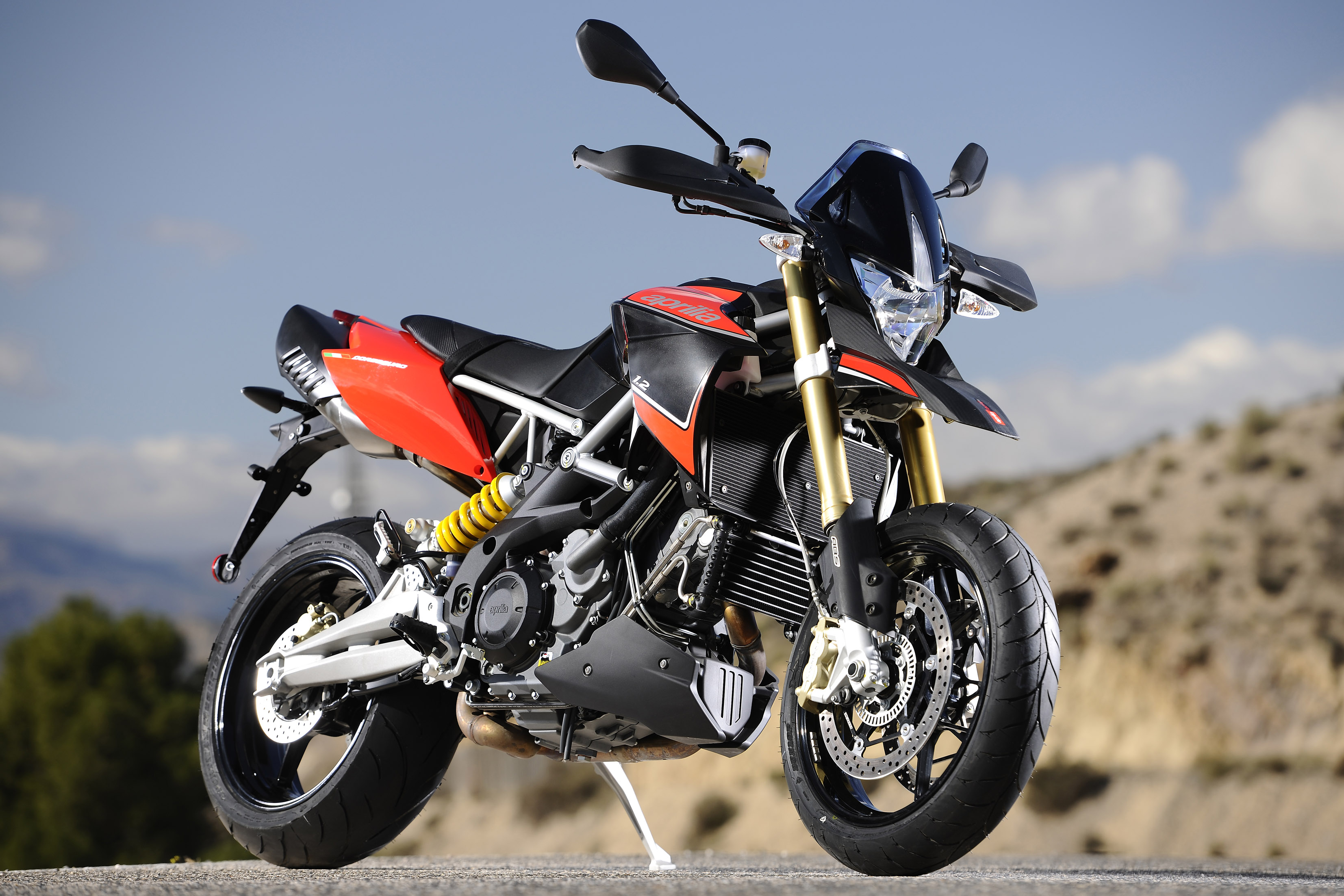 Aprilia dorsoduro 1200 abs atc all technical data of the for Garage peugeot midena pierrelatte