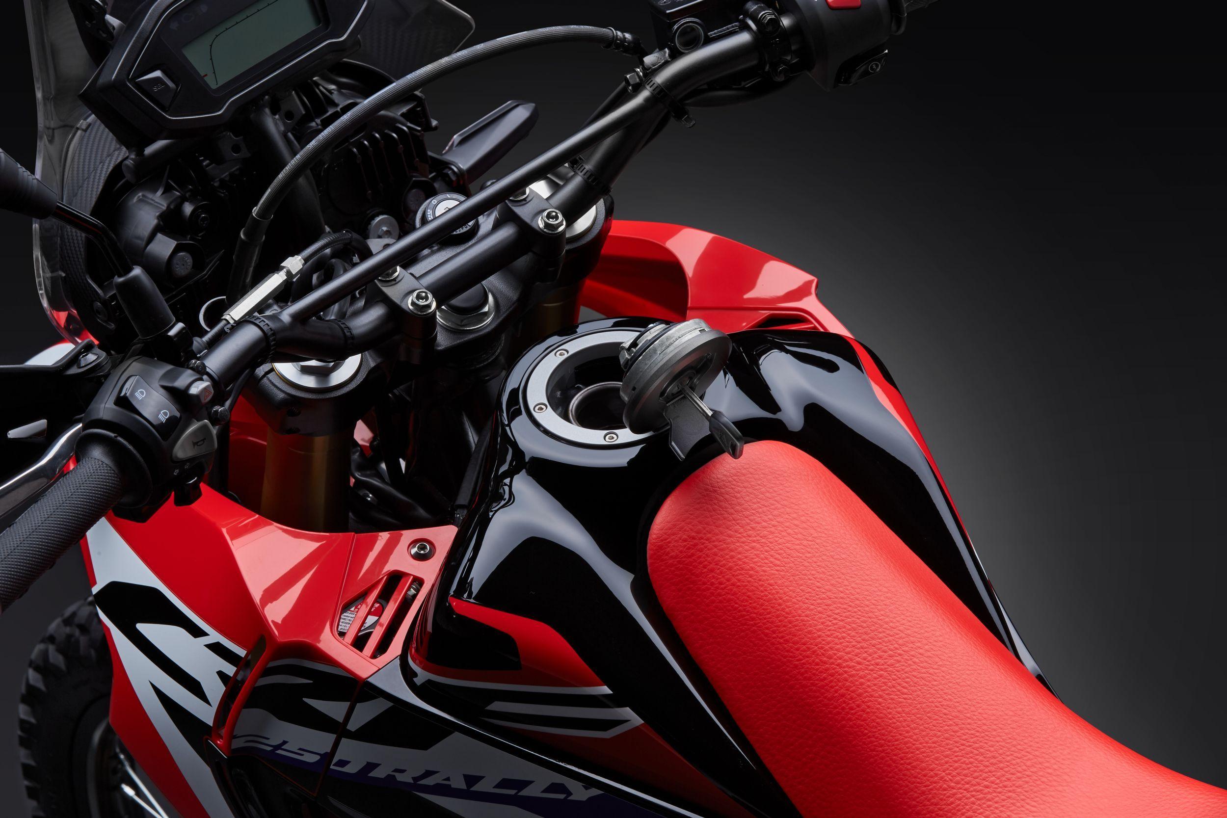 gebrauchte honda crf250 rally motorr der kaufen. Black Bedroom Furniture Sets. Home Design Ideas
