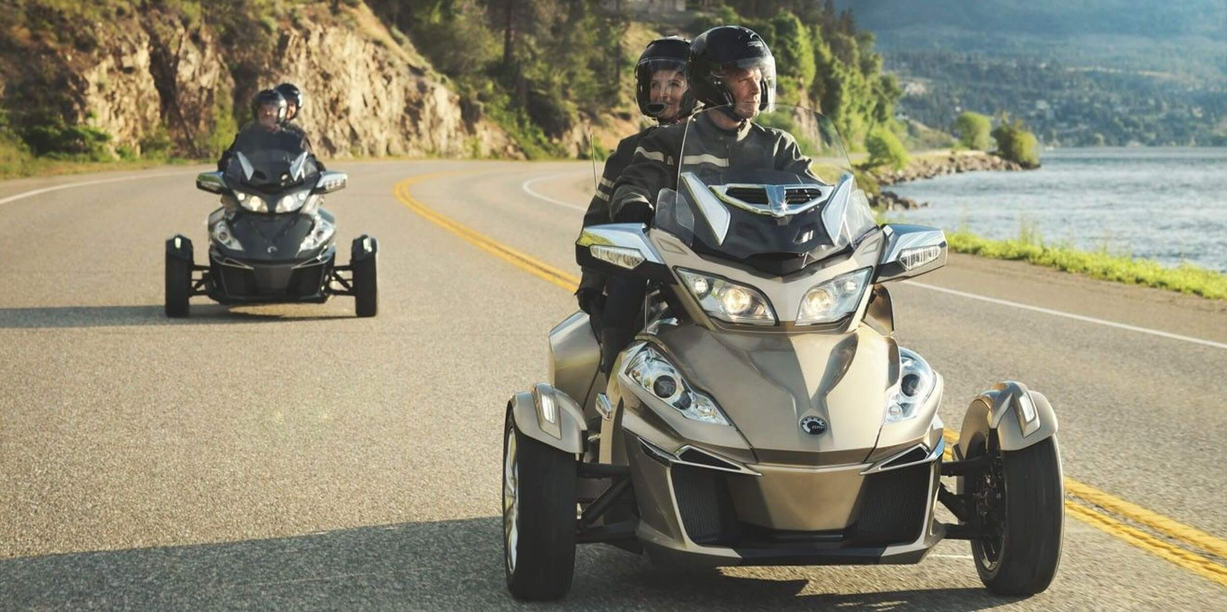 motorrad occasion can am spyder rt s kaufen. Black Bedroom Furniture Sets. Home Design Ideas