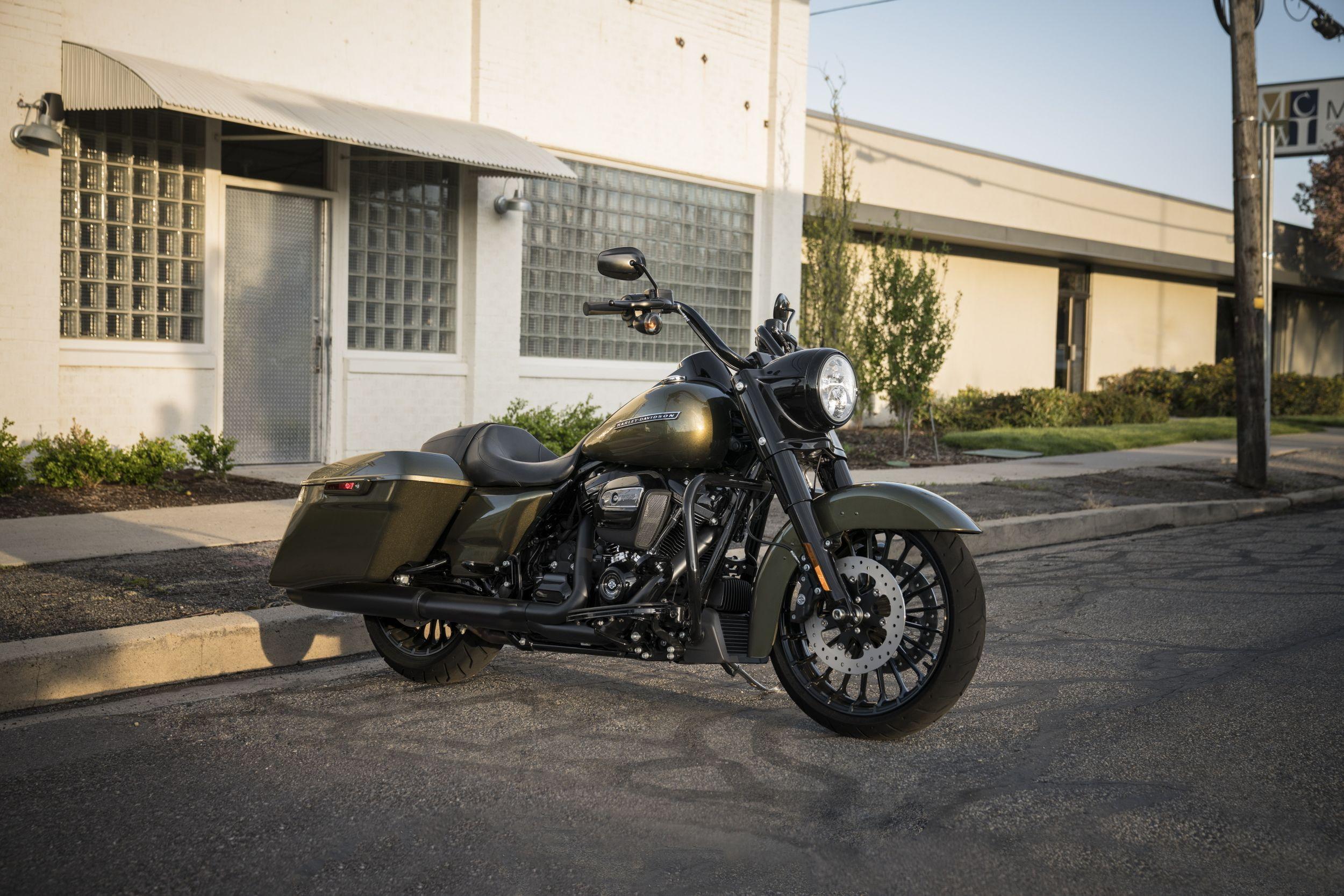 Harley Davidson Road Glide Cvo Ultra