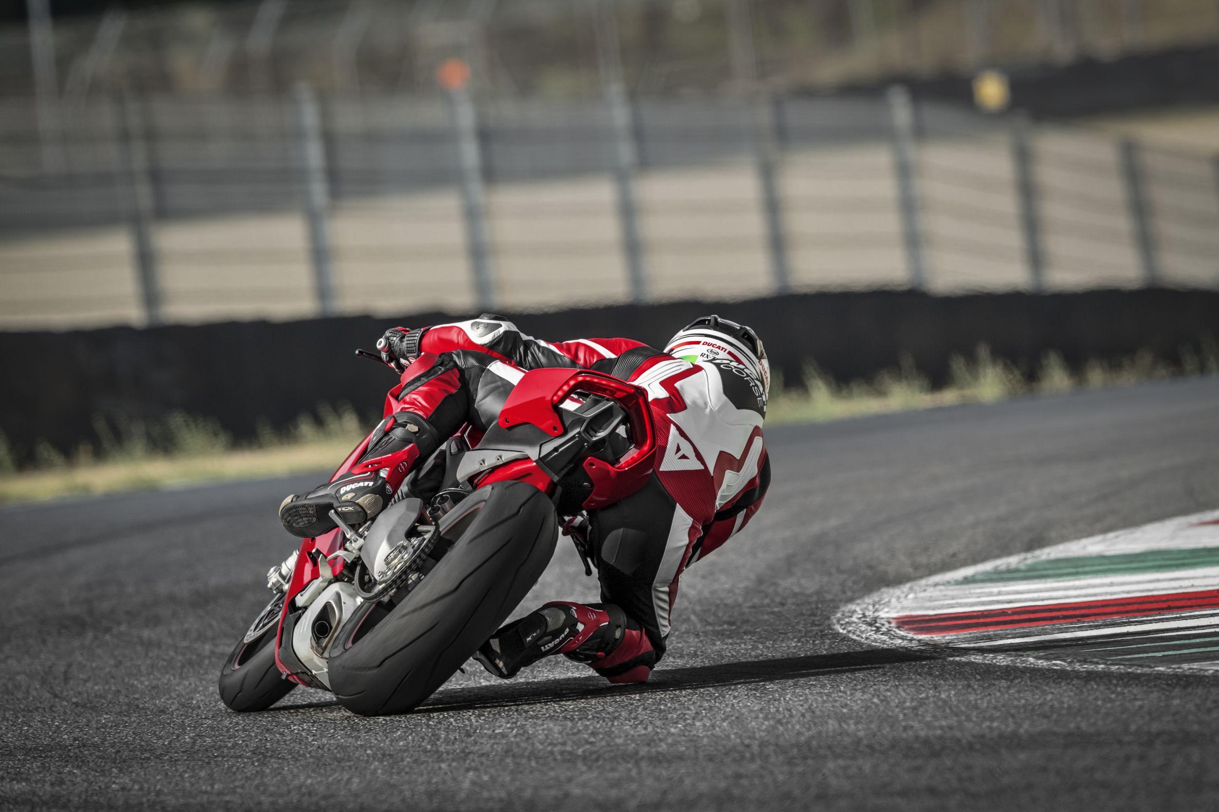 Ducati Monster Starter