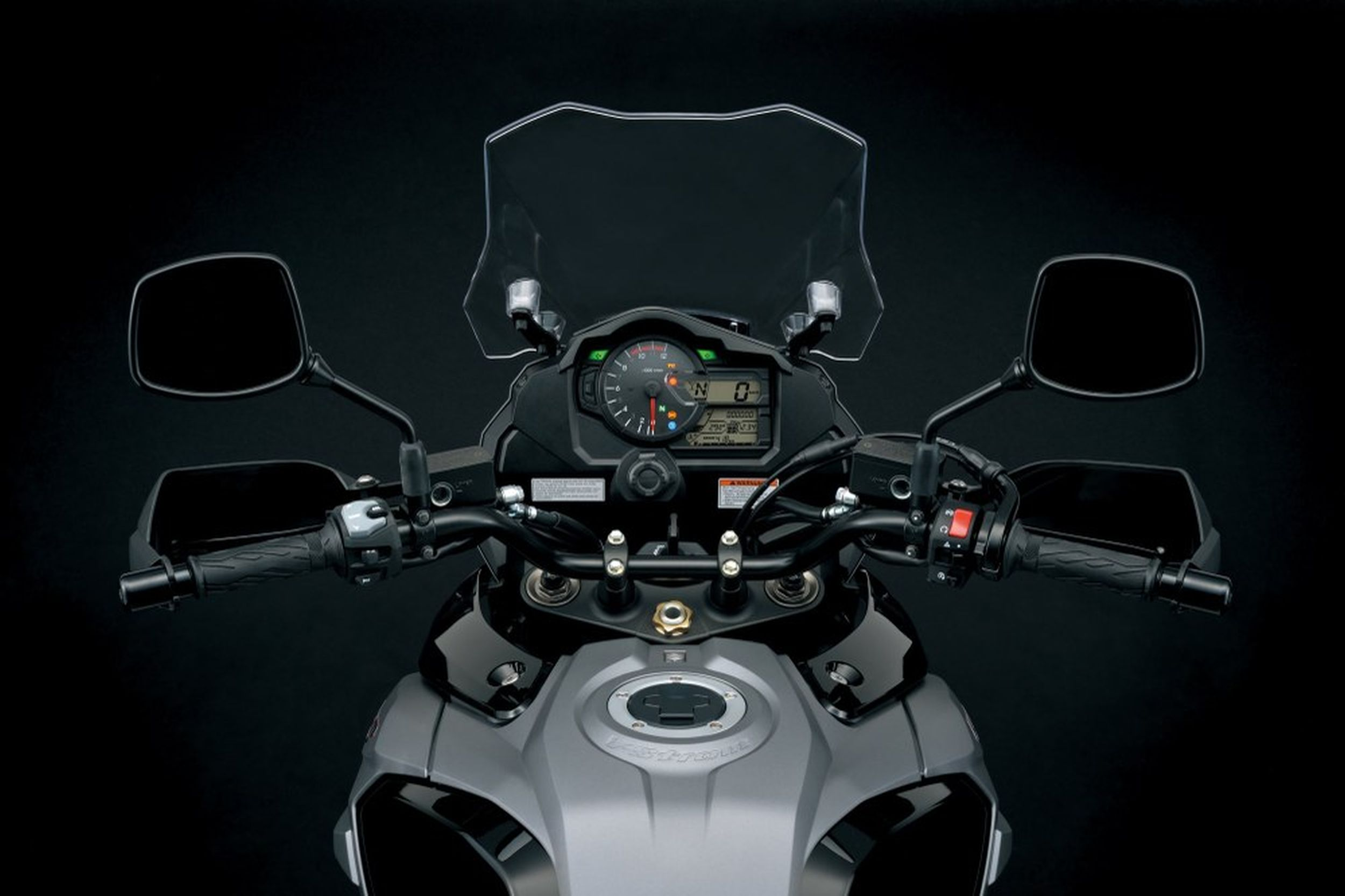 suzuki v strom 1000 test t ff 39 s bilder technische daten. Black Bedroom Furniture Sets. Home Design Ideas