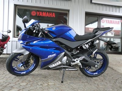 "YZF- R 125  in ""Race Blue"""